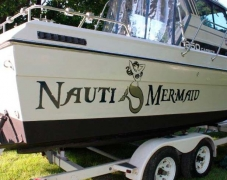 1221 Vinyl Boat Graphics - Nauti Mermaid